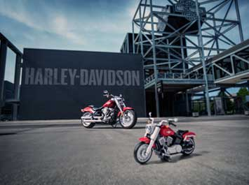 Harley Davidson motorcycle made of Legos